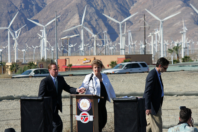 Palm Springs Mayor Pougnet & Mayor Parks at I-10 Overpasses Ribbon Cutting (3382)