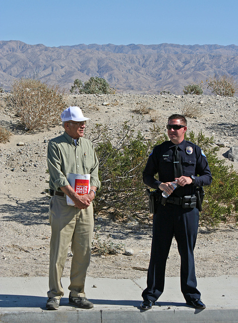 Dave Hoopes & Officer Clary at I-10 Overpasses Ribbon Cutting (3445)