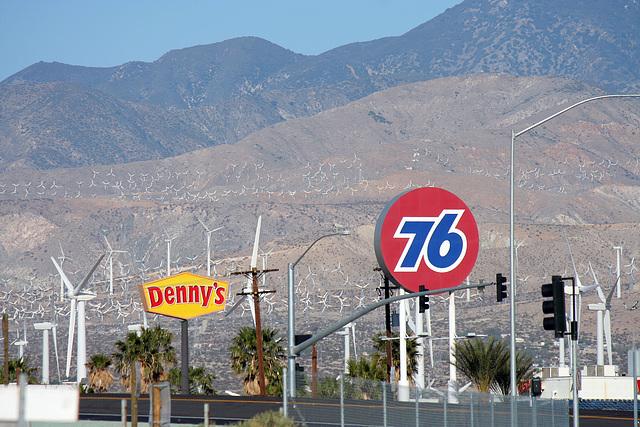 Denny's - 76 (3328)