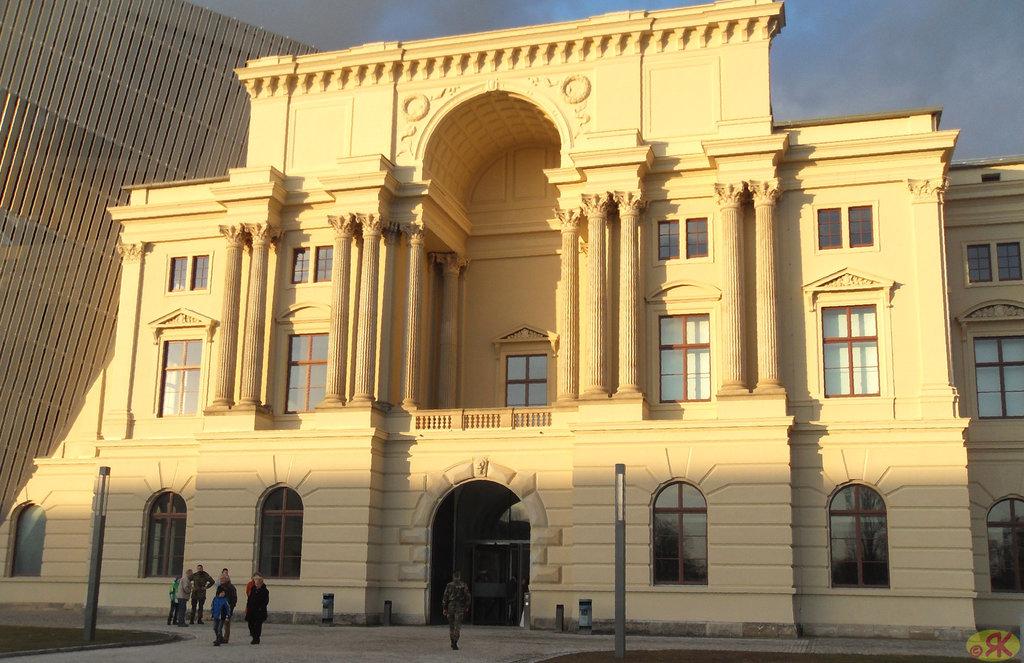 2012-02-20 30 Germana milit-historia muzeo en Dresdeno
