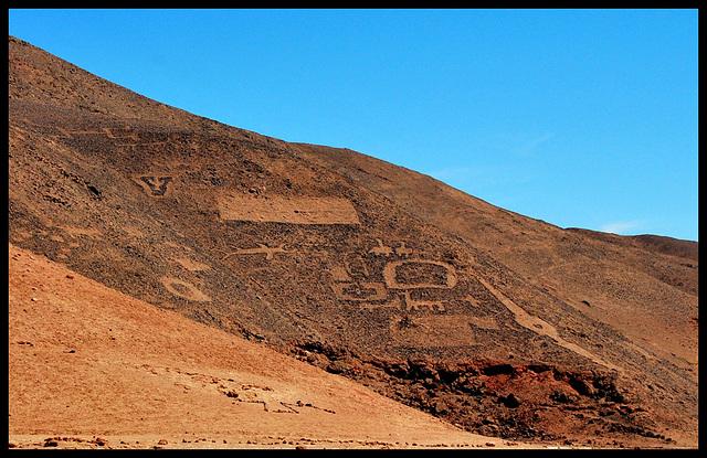 Chinchorro Petroglyphs II