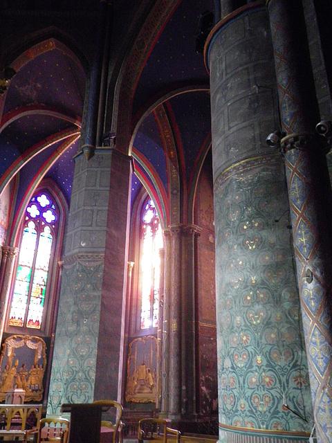 Cathédrale d'Oloron-Sainte-Marie, le choeur.