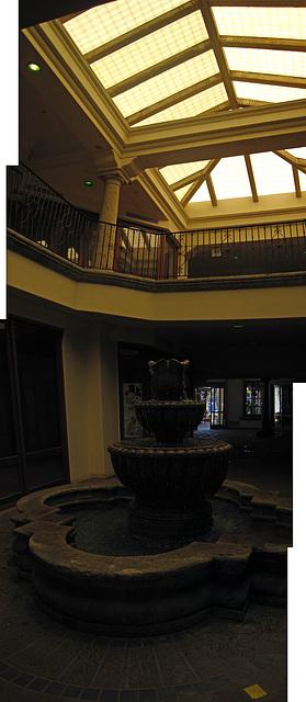 Palm Springs Interior Fountain (1)