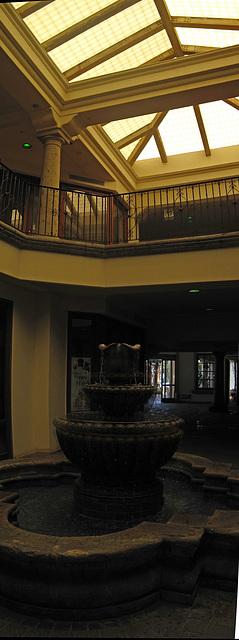 Palm Springs Interior Fountain (2)