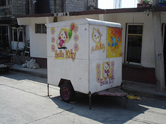 Hello Kitty on wheels / Kitty sur roues - 5 avril 2011
