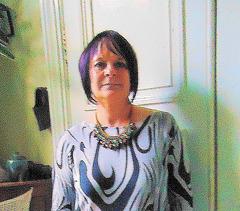 Dame Annick en bottes de cuir à talons hauts / Lady Annick's leather high-heeled boots -10 décembre 2011 / Recadrage