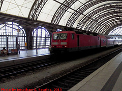DB #143251-7 in Dresden Hbf, Dresden, Sachsen, Germany, 2013