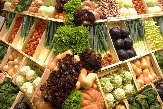 Pyramide de légumes frais