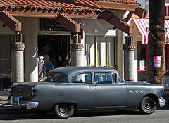 Buick in Palm Springs (1791)
