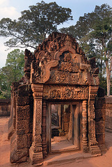Hall building of Banteay Srei