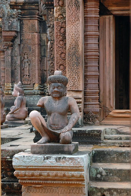 Ancient statues in Banteay Srei temple
