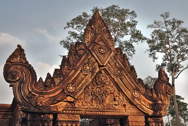 Carved Lintel in Banteay Srei