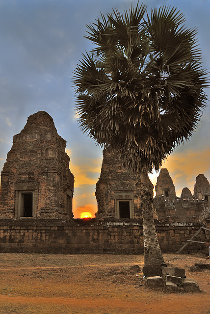 Prasat Pre Rup in sunset light