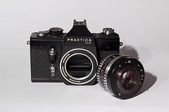 Praktica LLC + Carl Zeiss Jena Pancolar 1.8/50mm
