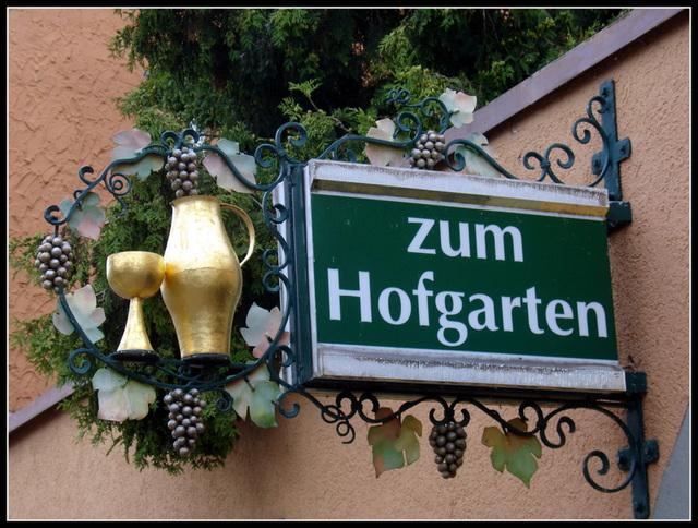 Zum Hofgarten 2