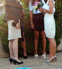 Cérémonie de mariage en talons hauts  / Wedding party in high heels  / Recadrage