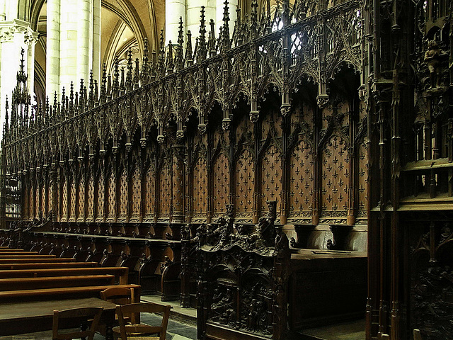 PICT16506ac Amiens Cathedral Choir Mediaeval South Wooden Stalls