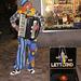 Clown aus Lettland auf einem Weihnachtsmarkt