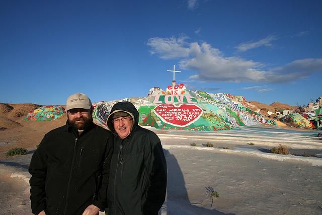 Eric & Bob at Salvation Mountain (3506)