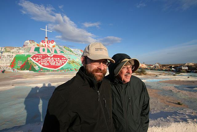 Eric & Bob at Salvation Mountain (3507)