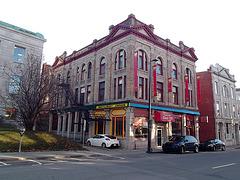 Restaurant chinois et sortie de secours / Chinese restaurant and fire escape - 1er décembre 2011.