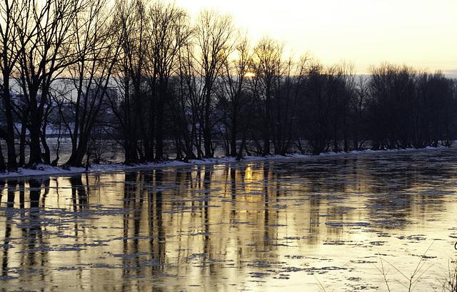 La Loire charriant la glace