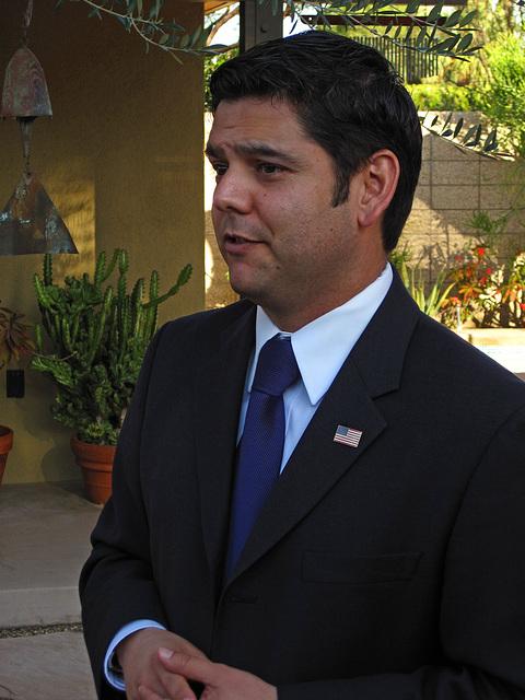 Dr. Raul Ruiz (1954)
