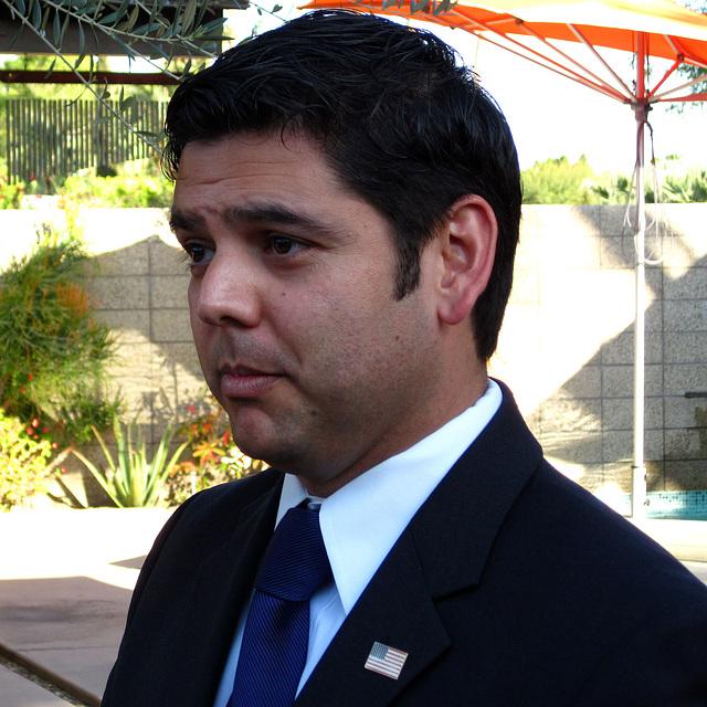 Dr. Raul Ruiz (1961)