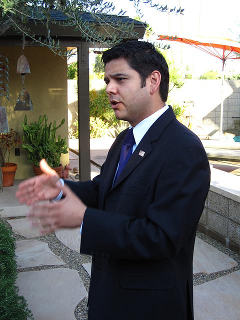 Dr. Raul Ruiz (1973)