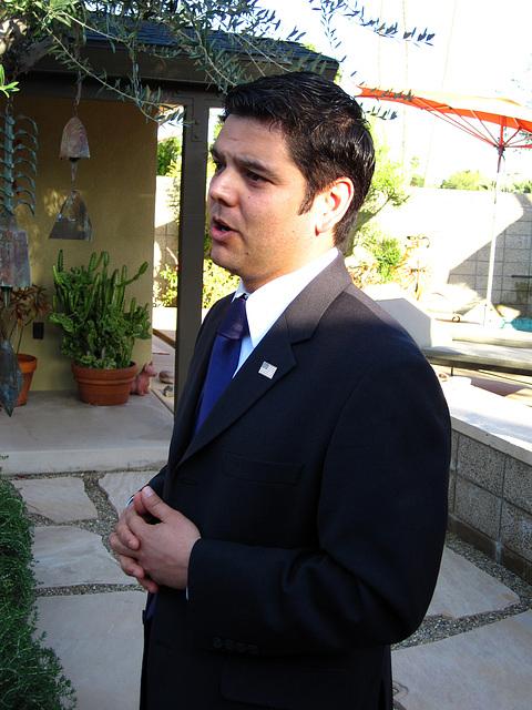 Dr. Raul Ruiz (1980)