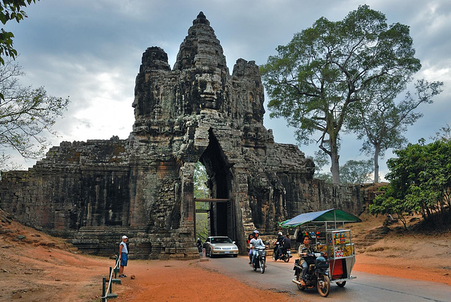 Passing the south gate to Angkor Thom