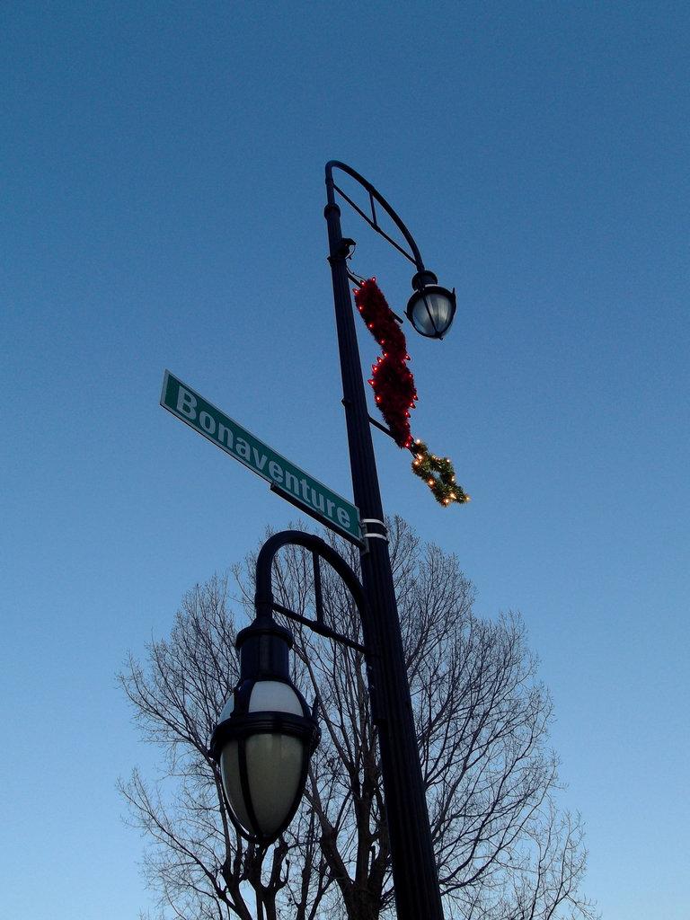 Lampadaire Bonaventure street lamp - 30 novembre 2011