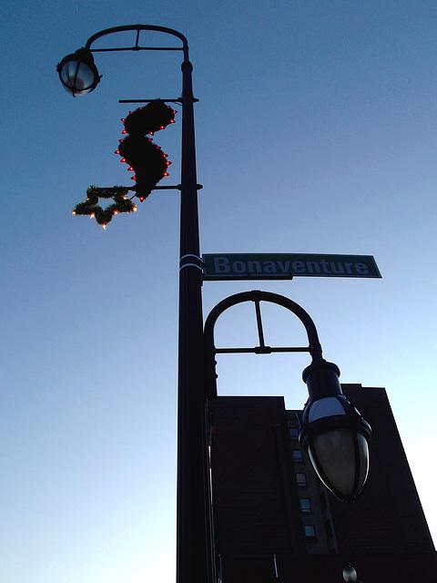 Lampadaire Bonavanture street lamp - 30 novembre 2011