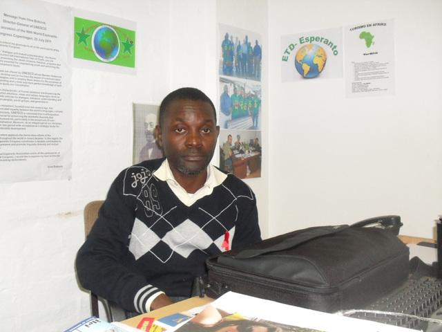 La E-instruito Emile en la E-oficejo