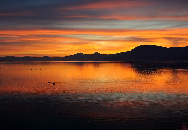 Crépuscule au lac de Neuchâtel...