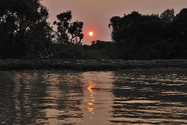 Sunset over Tonlé Sap