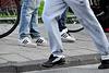Singelloop 2010 – Sneakers for running and sneakers for standing
