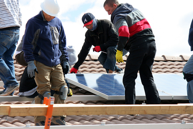 Solar Installation at the Residence of Cliff Lavy (2830)