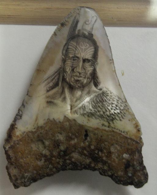 Dent de mégalodon