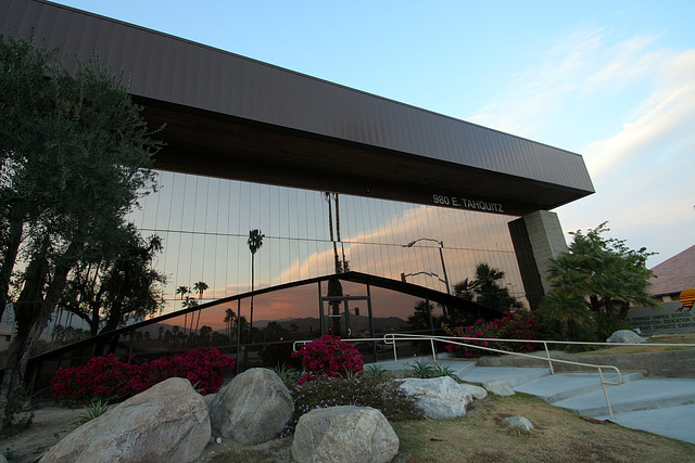 Palm Springs USD Offices (2890)