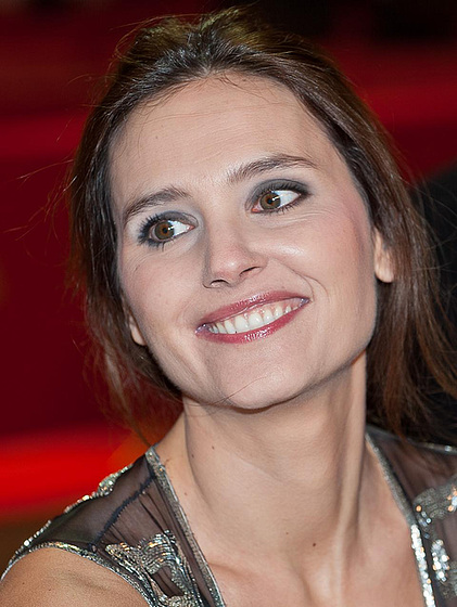 Virginie Ledoyen - Wallpaper Colection