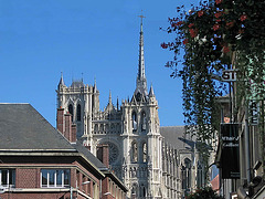 109 0983bc Amiens Cathedral Notre Dame Arrival in 2003