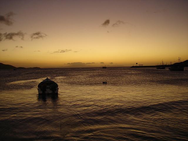 Coucher de soleil flamboyant / Flamboyant sunset.