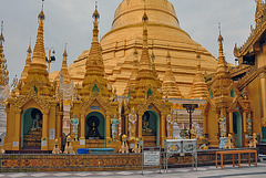 The grand golden pagoda