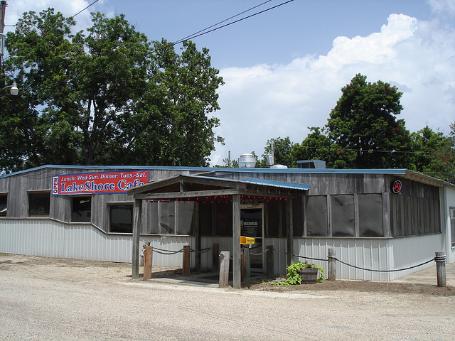Lake shore Cafe - Arkansas, États-Unis / USA - 8 juillet 2010.
