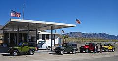 Jeeps at Chiriaco Summit (2037)
