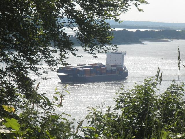 """Blick vom """"Bismarckstein"""" auf die Elbe"""