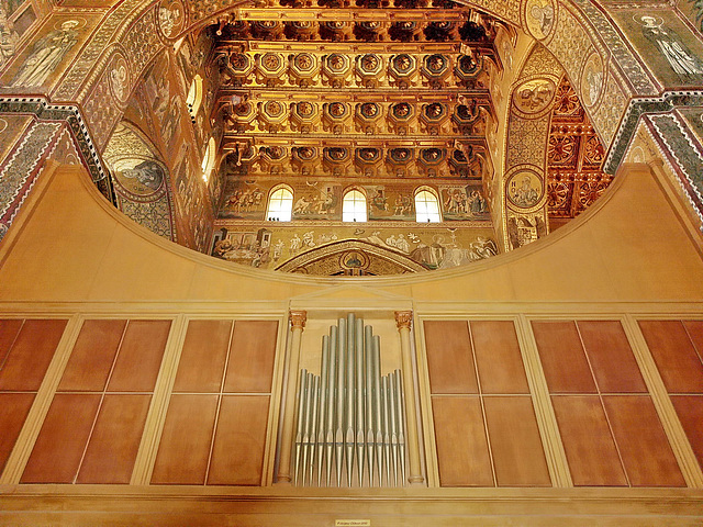 P3266329ac North Transept Ceilings View from South Grand Organ at Rear