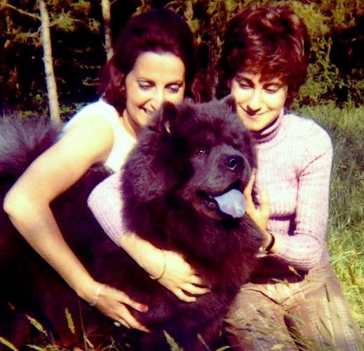 Au Burck avec Faby et U'Bien mon chowchow  en Juillet 1971