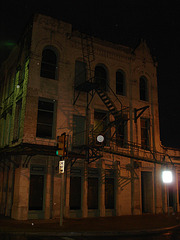Fire escape by the night / Escalier de secours dans la nuit - 1er juillet 2010.